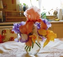 Egy szép csokor virág is jót tesz a romantikus hangulatnak
