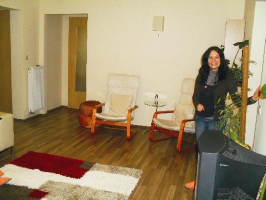 Ezen a képen a nappali bejáratában állok - annál az ajtónál, amit az előző képen láthattál.