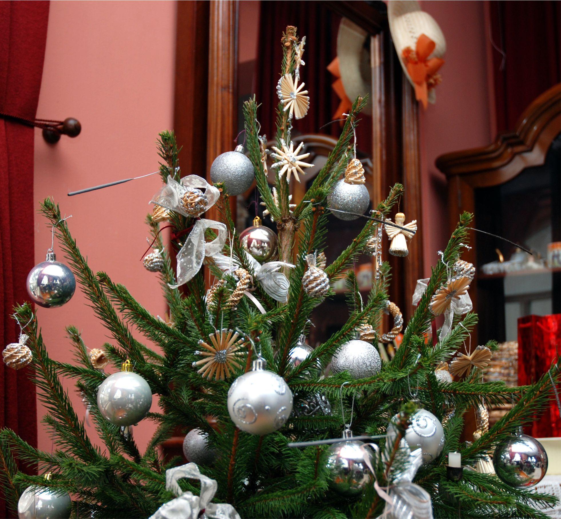 A színek, díszek, dekorációk hozzájárulnak a szép Karácsonyhoz, de nem azon múlik, hogy milyen az ünnep