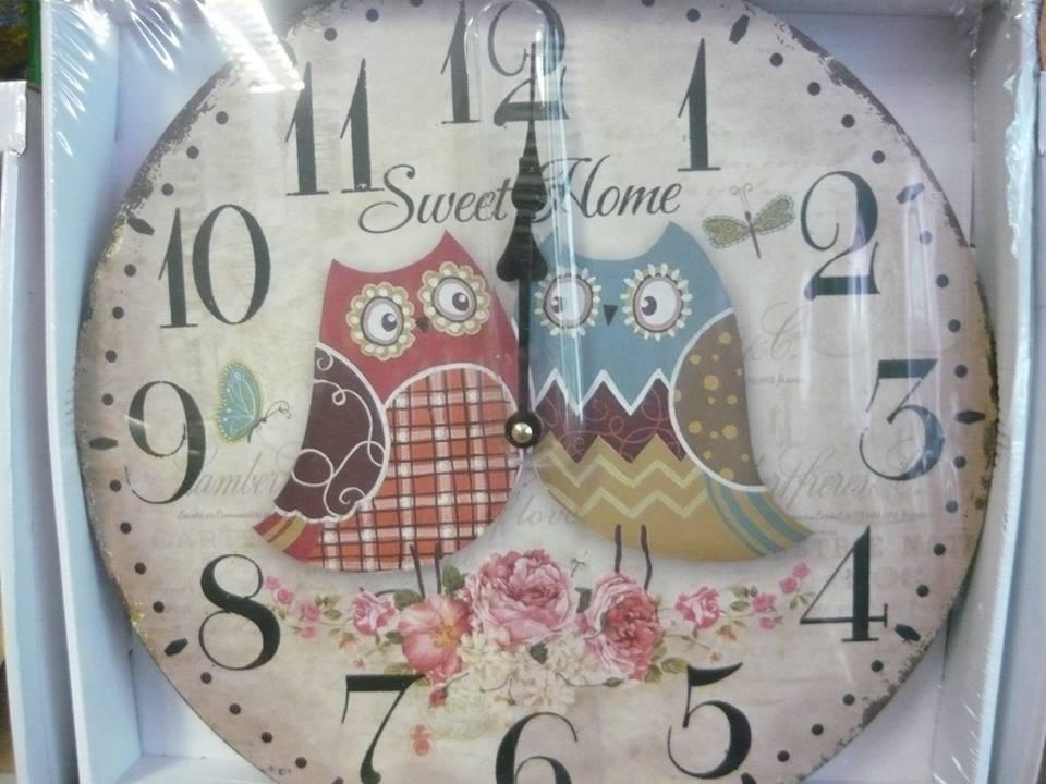 Ez az óra itt ugyan még nem jár, de ma már nálunk méri az időt... :)
