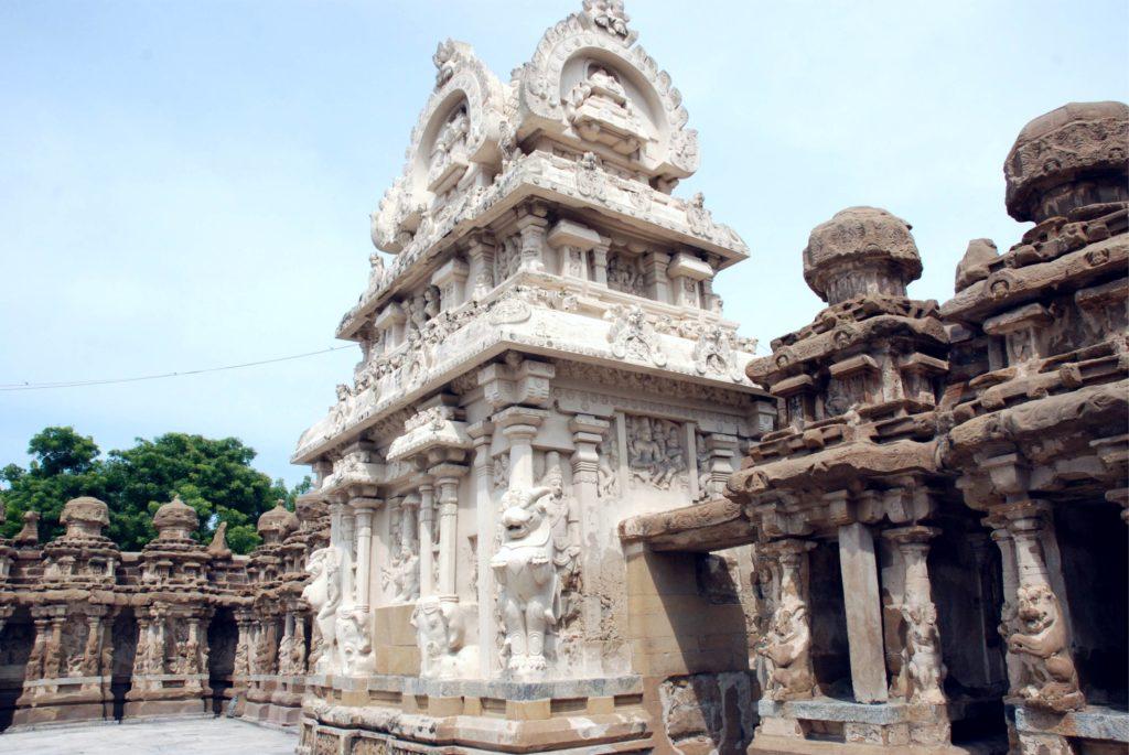 Csodaszép faragott templomegyüttes a dél-indiai Kancipuramban.