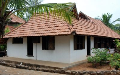 A Brahmasztán jelentősége és megjelenése Dél-Indiában, ahogy azt egy skanzenben láttuk